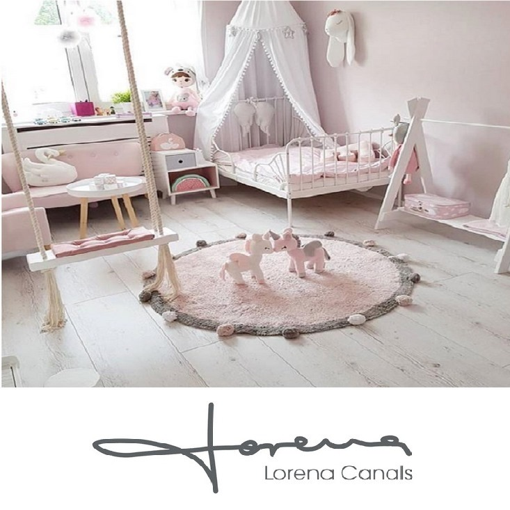 MO rugs brand-Lorena-Canals-1-1
